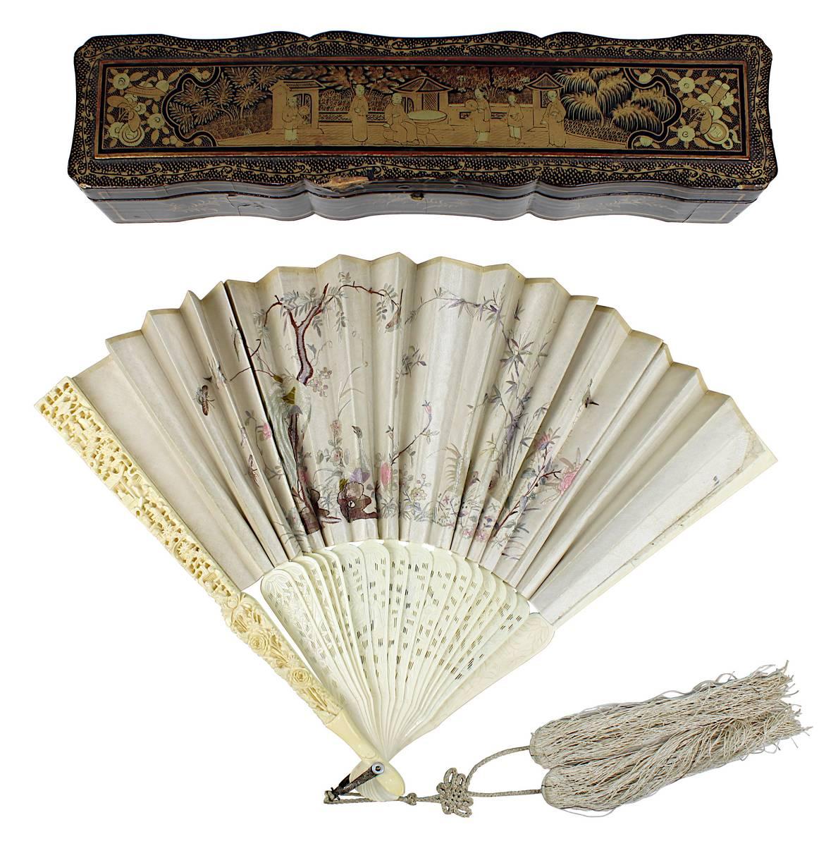 1-0019 - Chinesischer Seidenfächer mit Elfenbein, im originalen Lacketui, China um 1900 Image