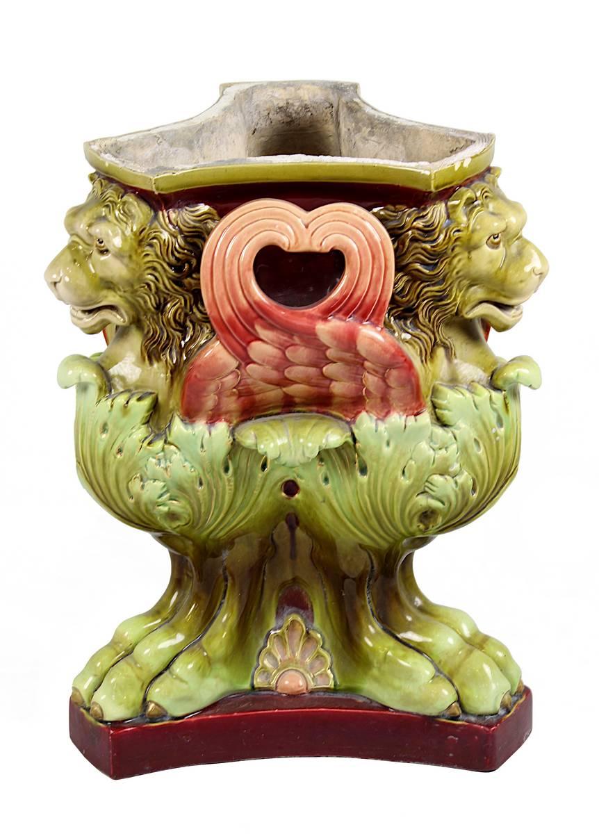 11-0032 - Gründerzeit Blumentopf mit geflügelten Löwen, deutsch oder Österreich um 1890 Image