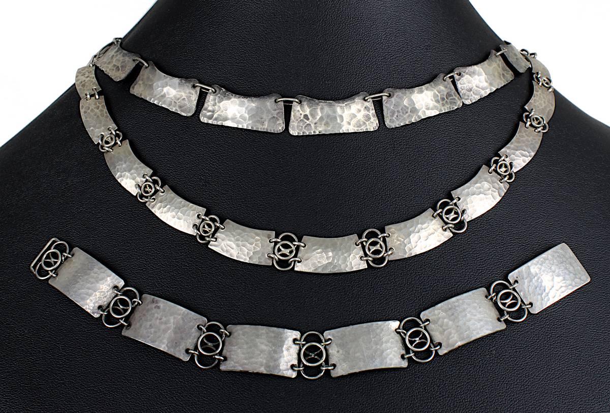 13-0008 - 2 Perli-Silbercolliers und 1 Perli-Silberarmband Image