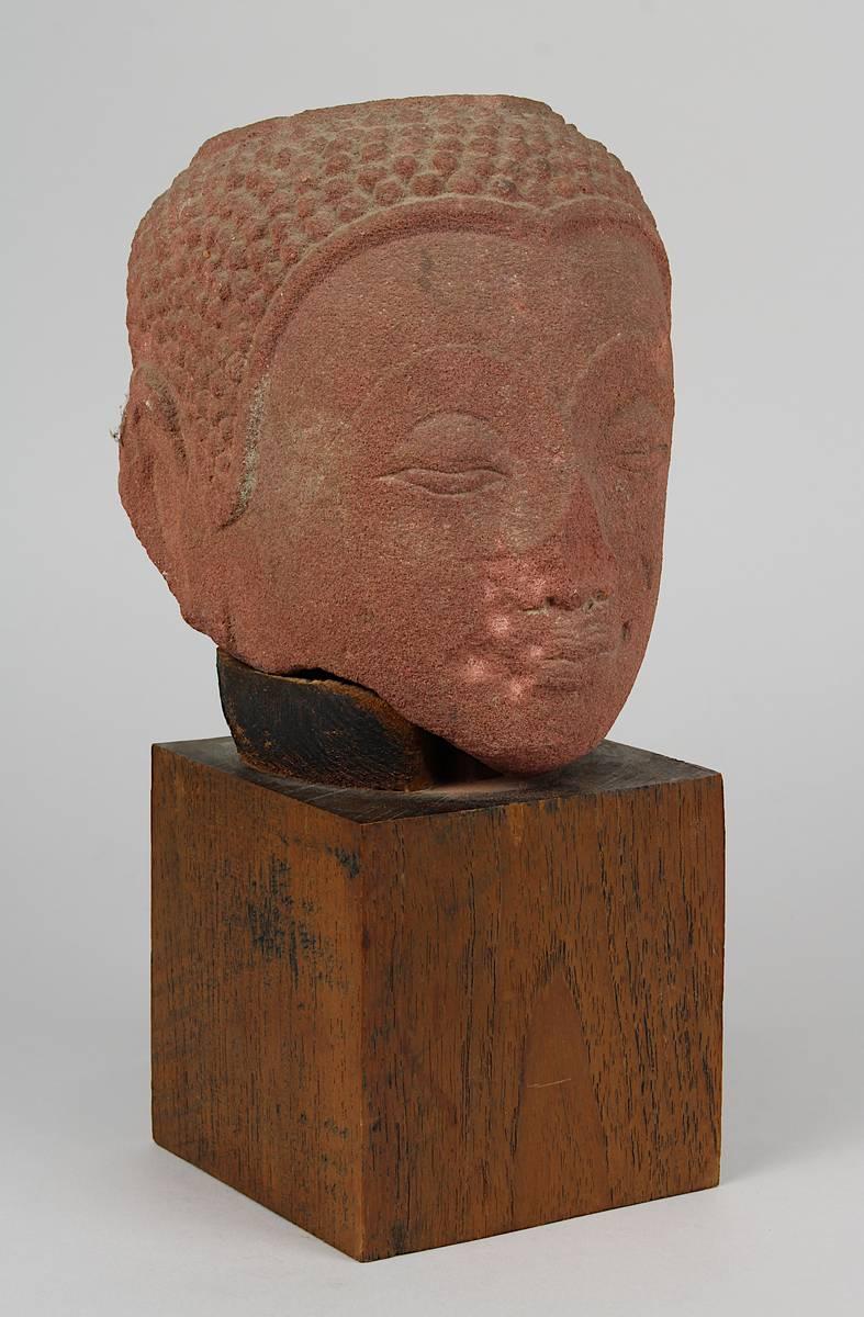 2-0030 - Kopf des Buddha, Thailand, Ayutthaya, 16./17. Jh., roter Sandstein Image